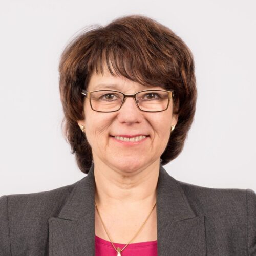 Karin <br/>Mundt,
